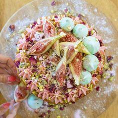katherine_sabbath's Persian love cake