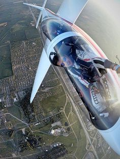 "...out the window ""selfie""... On the edge<br /> Luca Bertossio<br /> #citizen #redbull"