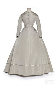 1862-66 grey silk taffeta dress. Les Arts Decoratifs, Paris.