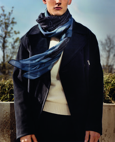 Hermès Fall-Winter 2014. Scarf 140 Ghost 59T in cashmere and silk #hermes #menswear #fashion #hermeshomme