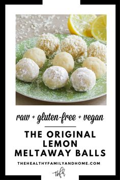 Desserts Crus, Raw Desserts, Paleo Dessert, Healthy Dessert Recipes, Raw Food Recipes, Sweets Recipe, Roh Vegan, Dairy Free Eggs, Egg Free Recipes