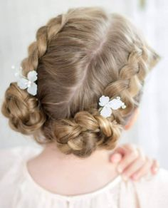 If you have a wedding coming up and your daughter seems like a good fit for a role of a flower girl - you're exactly where you need to be! You can ask... Little Girl Wedding Hairstyles, Flower Girl Hairstyles, Braided Hairstyles For Wedding, Short Wedding Hair, Fancy Hairstyles, Hairstyle Ideas, Girls Updo, Girls Braids, Flower Girl Updo