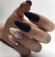 66 Pretty ways to wear mismatched nail colors & designs 42 - Hair and Beauty eye makeup Ideas To Try - Nail Art Design Ideas Cute Gel Nails, Cute Acrylic Nails, Colorful Nail Designs, Gel Nail Designs, Dark Nails, Matte Nails, Gradient Nails, Nude Nails, Gorgeous Nails