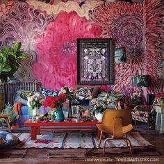I saw a few of maximalist interior style in some of house designs and honestly I don't really like it because it looks messy, untidy, narrow, and too much in my opinion. > Living Room with Maximalist Design The characteristic of this maximalist de. Bohemian Interior, Bohemian Decor, Bohemian Gypsy, Boho Chic, Bohemian Design, Bohemian Style, Estilo Kitsch, Maximalist Interior, Small Space Design