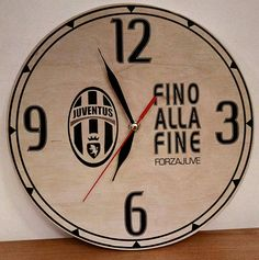Juventus Wooden Wall Clock, Fino Alla Fine Forza Juventus