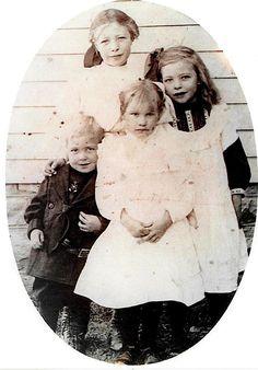 Earl Ennis, Emma Josephine Ennis, Diana Ennis, Hester Ellen Ennis