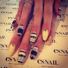 Tribal Almond Nails  ESNAILS  http://es-nail.jp/us/