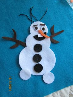 """Felt Olaf Inspired KitDIY Frozen Snowman by PearCreekCottage.  Perfect for your """"Frozen"""" inspired parties!"""