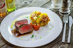 Lunchbox - self-service restaurant Steak, Lunch Box, Pork, Restaurant, Kale Stir Fry, Pigs, Restaurants, Steaks, Dining Room