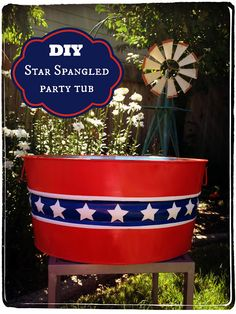 What a great idea for your 4th of July backyard BBQ!--> 4th of July DIY: Star Spangled Beverage/Party Tub