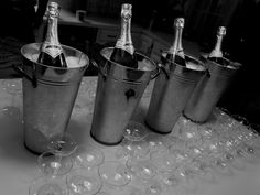 New Years Eve #TheOaksEvents Black And White   http://www.pinterest.com/theoaksevents/
