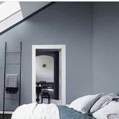 Wondering how to make a guest bedroom comfortable? Dr Dulux is here with big and small spare bedroom ideas and guest room essentials to make decorating easy Blue Gray Bedroom, Blue Bedrooms, Gray Rooms, White Bedroom, Master Bedroom, Bedroom Decor, Decor Room, Bedroom Ideas, Blue Walls