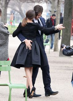 Olivia Palermo Photos - Model actress Olivia Palermo and her model beau Johannes Huebl took part in a photoshoot in Les Tuileries Gardens in Paris, France on March 2012 - Olivia Palermo and Johannes Huebl Capture Their Romance In The Park Lindy Hop, Shall We Dance, Lets Dance, Dance Art, Ballet Dance, Tanz Poster, Foto Picture, West Coast Swing, Dance Like No One Is Watching