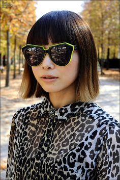Fabulous sunglasses and leopard print. Streetstyle