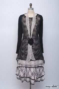 The elegant Emile Frock lets the layers beneath sing. Summer 2014 Look No. 15 | Vintage Inspired Women's Clothing - Ivey Abitz