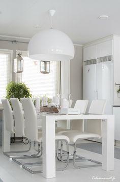 Small Living Room Design, New Living Room, Interior Design Living Room, Kitchen Dinning Room, Dining Table, Boho Deco, Deco Design, Beautiful Kitchens, Decor Interior Design