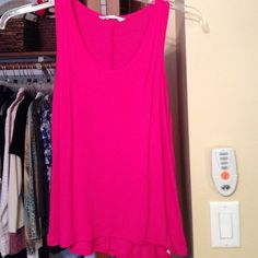Old navy cute tank top with added pleated accent Nice very comfy top just to small for me Old Navy Tops Tank Tops