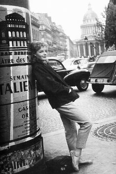 Source: sharontates - http://sharontates.tumblr.com/post/65834350494/romy-schneider-in-paris-1960
