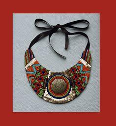 Collar babero Azteca