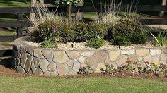 Stonemakers2.jpg 540×304 pixels
