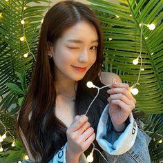 Lee Soo, Pearl Earrings, Hoop Earrings, Blackpink And Bts, Girl Bands, Ulzzang Girl, Baekhyun, New Baby Products, Numbers