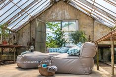 What's in, out – 2020 garden trends, are beanbag chairs and furniture the way? Bean Bag Table, Bean Bag Chair, Outdoor Rooms, Outdoor Living, Outdoor Decor, Bean Bag Furniture, Modern Garden Furniture, Armadillo, Stand Design