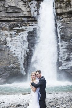 Blush Rocky Mountain Wedding Inspiration at Crescent Falls / Melanie Bennett Photography