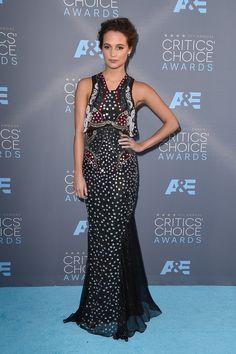 Critics' Choice Awards Red Carpet Dresses 2016 | Alicia Vikander - Wearing Mary Katrantzou  | POPSUGAR Fashion