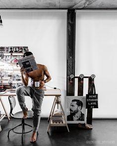 Luxury Lifestyle Archives - Home & Design Magazine Hot Men, Sexy Men, Hot Guys, Web Minimalista, Style Gentleman, Photo Pour Instagram, Fotografia Tutorial, Style Masculin, Linen Suit