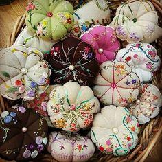 #Embroidery#stitch#needlework #프랑스자수#일산프랑스자수#자수#자수타그램#자수소품#핀쿠션 #예쁘예쁘. .통통 호박 핀 구션~~
