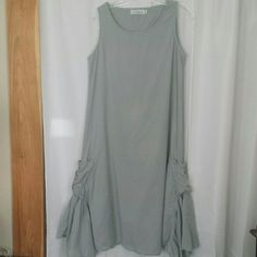 ??COTTON DRESS BY WILLOW ?? PRE-OWNED, GENTLY USED!  GREYISH /BLUE 100% COTTON. GREAT SUMMER DRESS.  IF YOU HAVE ANY ADDITIONAL QUESTIONS, PLEASE ASK BEFORE YOU PURCHASE! THANK YOU ? Willow Dresses Maxi
