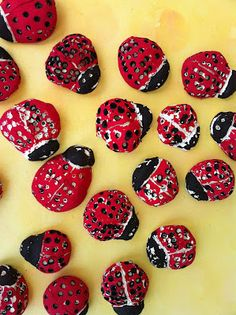 Kindergarten ladybug unit Eric Carle, Spring Art, Spring Crafts, Kindergarten Art, Preschool Crafts, Clay Projects, Projects For Kids, Project Ideas, Craft Ideas