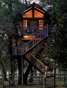 A dream treehouse ·id so live here