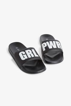Comfy beach sandals with a flexible, chunky sole and a faux leather upper. Beach mode ON. Comfy beach sandals with a flexible, chunky sole and a faux leather upper. Beach mode ON. Beach Sandals, Shoes Sandals, Rubber Flip Flops, Shoe Image, Beach Flip Flops, Work Bags, Beach Tote Bags, Summer Bags, Water Shoes