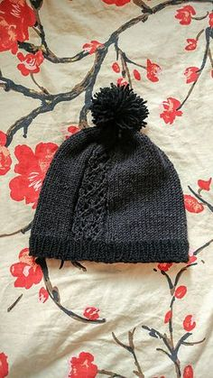 Smokestack is a handsome dark grey and black hat with a single, gently undulating lace panel, meant to be evocative of smoke rising. Baby Hats Knitting, Loom Knitting, Hand Knitting, Knitted Hats, Knitting Stitches, Yarn Projects, Knitting Projects, Crochet Projects, Knit Or Crochet