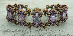 Linda's Crafty Inspirations: Bracelet of the Day: Ivy Variation - Chalk Lazure Blue