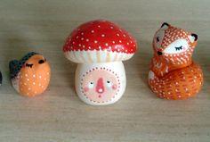 http://www.alittlemarket.com/art-ceramique/fr_totem_de_poche_mon_champignon_omamawolf_figurine_en_porcelaine_froide_-9767307.html