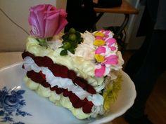 A piece of flower cake!