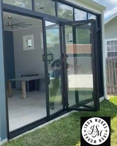 House Gate Design, Home Room Design, Modern House Design, Home Interior Design, Interior Modern, Modern Window Design, Glass House Design, Patio Design, Exterior Design