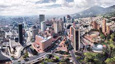 Los colombianos estudian más de lo que los empleadores necesitan