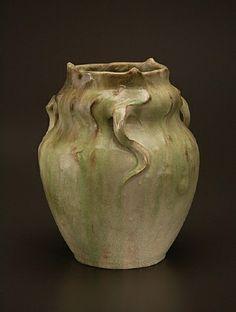 Vase aux vrilles. Grès, 1899. Edmond Lachenal