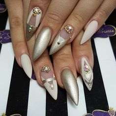 Stiletto nails KorTeN StEiN