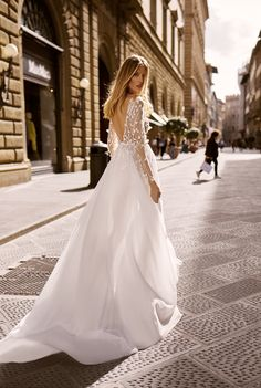Wedding dresses 2020 Bridal Collection, Florence, Bridal Dresses, Tulle, Feminine, Couture, Bride, Formal Dresses, Elegant