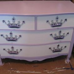 Painted dresser( idea for lex new redo)??