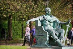 彫像と連携プレーしてみた面白写真その3 30枚:小太郎ぶろぐ