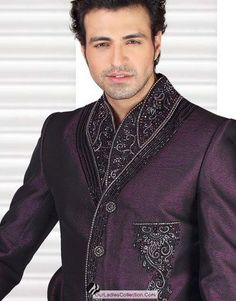 Google Image Result for http://2.bp.blogspot.com/--9Rmy_DtUfI/UBdmbY5yRKI/AAAAAAAACUA/RhTjbi8pS-w/s1600/Wedding-sherwani-design-for-mens-New-Arrival-sharwani-he99.blogspot%2B(2).jpg
