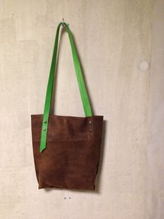 KP#1352 leather tote in caffé; with apple green adjustable handles