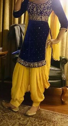 Patiala Dress, Punjabi Dress, Patiala Salwar, Salwar Suits, Punjabi Fashion, Bollywood Fashion, Indian Fashion, Dress Indian Style, Indian Dresses