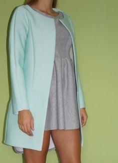 Kup mój przedmiot na #vintedpl http://www.vinted.pl/damska-odziez/plaszcze/10041779-pieny-pudrowy-mietowy-minimalistyczny-plaszczyk-z-pianki-totalny-hit-rozm-uniwers