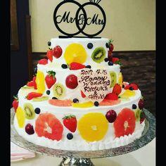 今披露宴で一番人気のフルーツ断面ケーキのデザインまとめ | marry[マリー]